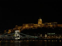 Budapest by Night - visita privata in battello ed in minivan (3,5-4 ore)