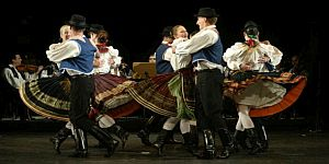 Hungarian Folklore Dance & Music
